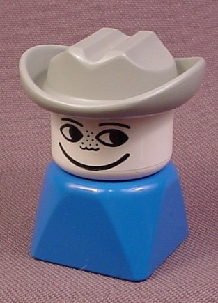 Lego Duplo 829 Tall Bust Blue Male Figure With Gray Cowboy Hat, Freckles On Nose