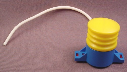 "Playmobil Blue & Yellow Fountain Pump With 7 3/4"" Rubber Hose"