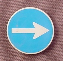 Playmobil White & Blue Round Sign With A White Arrow And A Clip On The Back, 3004 3374 3934 4043