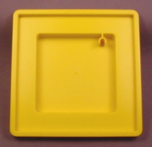 Playmobil Square Yellow Base for Sandbox, 3223 3497, Furniture, Has a Clip for Pole, 4 Inches