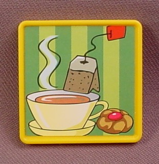 Playmobil Yellow Square Sign with Coffee & Tee Stickers, 1 1/2 Inches Square, 3200 3254