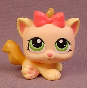 Littlest Pet Shop 1336 Peach Baby Kitty Cat Kitten With Green Eyes Pink Bow 2009 Rons Rescued Treasures