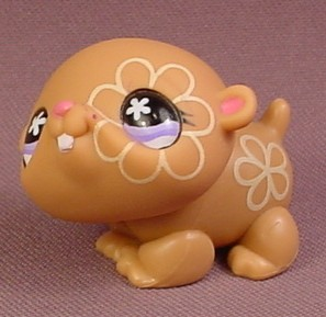 littlest pet shop 624 light brown hamster with yellow flower tattoo designs rons rescued. Black Bedroom Furniture Sets. Home Design Ideas
