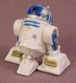 Star Wars 2004 R2-D2 Droid PVC Figure With 2 Blasters, 1 1/2 Inches Tall, Main Legs Move