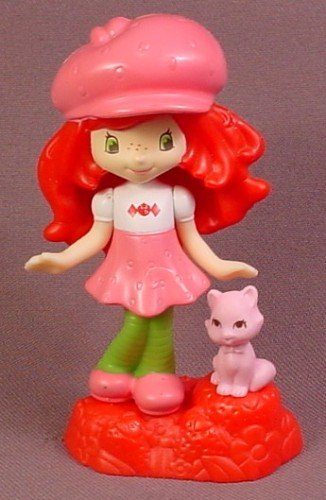 McDonalds 2011 Strawberry Shortcake Custard Doll Toy, 3 3/4 Inches Tall, Scented