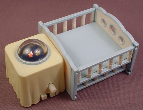 Calico Critters Crib With Light Up Night Light Wind It Up And The