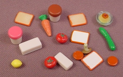 Calico Critters Lot Of 18 Food Items, From Kitchen Set CC2257 ...