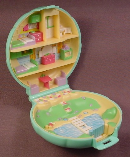 Polly Pocket 1989 Polly S Beach House Compact Bluebird