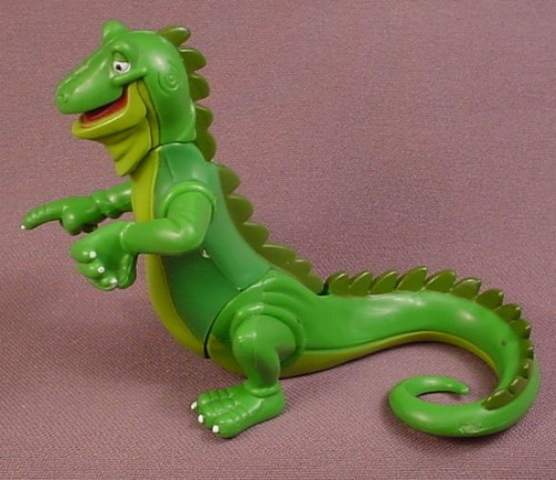 Rainforest Cafe Iggy The Iguana PVC Figure, 3 1/2 Inches Tall, Head Arms & Waist Are Jointed