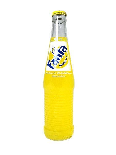 Fanta Pineapple 12oz glass.jpeg