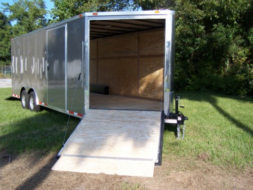 5' Ramp in V-Nose of Trailer