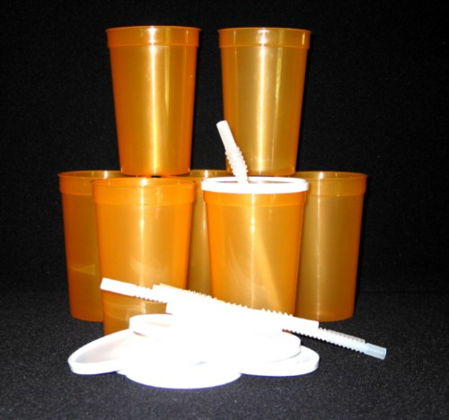 22 oz orange trans lids straws.jpeg