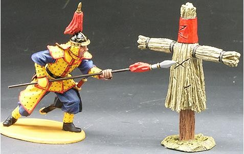 King and Country IC030: Spear Practice (1 figure + scarecrow target)