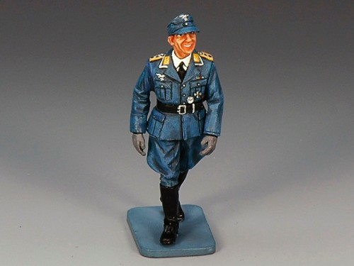 King and Country LW014: Walking Officer