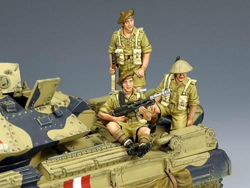 King and Country EA030: 8th Army Scottish Tank Riders - 3 men - RETIRED