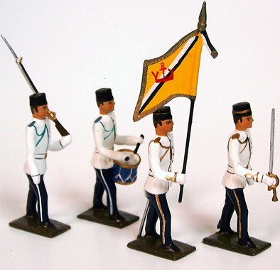 Mignot 157A: Sultan of Brunei Royal Guard -Colour Party INF5