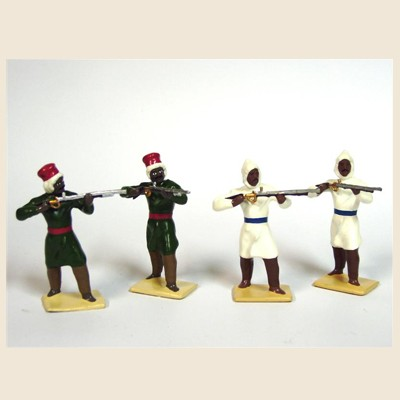 Mignot 083Af: Arabs/Nomads of the desert  Assorted Firing rifles INF5