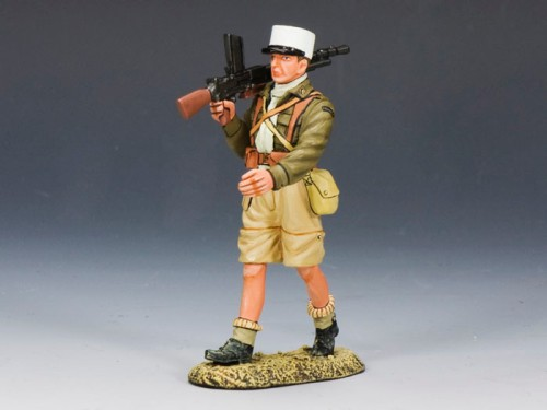 King and Country EA064: Free French Foreign Legionnaire Marching with Light Machine Gun