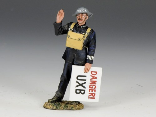 King and Country FOB075: Police Constable with Sign