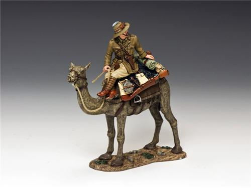 """King and Country AL036B: Australian Officer (with """"regulation"""" army-issued camel blankets) - RETIRED"""