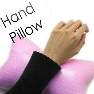 54146-pink-THUMB light pink dotted hand pillow.jpg 3/25/2011