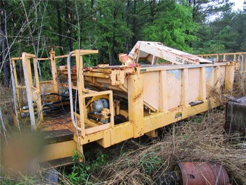 HARSCO BST SPIKE RECLAIMER CART MOW MAINTENANCE OF WAY RR RAILROAD