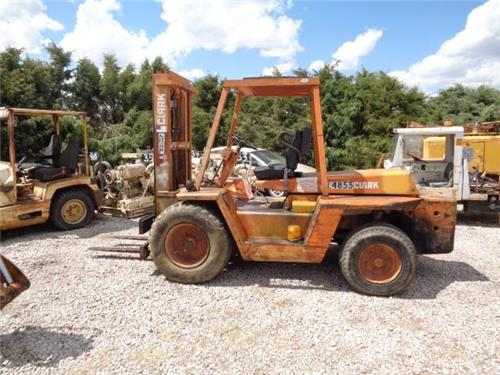 CLARK 6000LB DIESEL FORKLIFT STOCK PICKER ROUGH TERRAIN