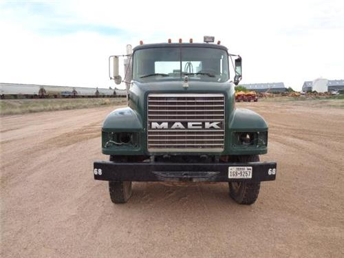 LOT OF 2 MACK TRUCKS EQUIPPED WITH VAC PUMPS