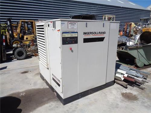 INGERSOLL RAND SSR-EP100 446 CFM STATIONARY AIR COMPRESSOR