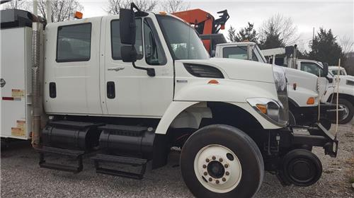 2008 INTERNATIONAL HI-RAIL GANG TRUCK DMF RAIL GEAR CLEAN