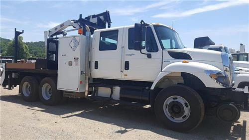 09 International 7400  SBA 6x4 Gang Truck