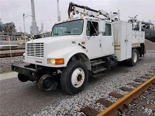 (2) 2000 International 4700 RAILROAD Crew Cab Section Gang Trucks