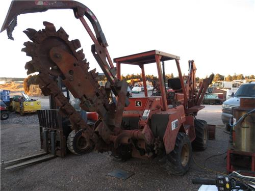 1996 DITCH WITCH MODEL 5110