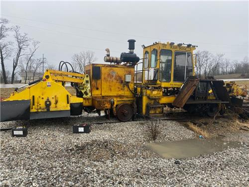 1999 KNOX KERSHAW KBR-900 BALLAST REGULATOR RAILROAD MOW MACHINE