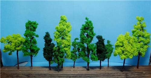 Multi Scale Use-Authentic Model Tree Scenery-4 Sizes in 3 Colors-14 Pieces Total