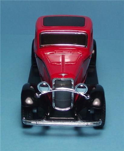 "1932 Ford 3 Window Coupe-5"" Die Cast Metal w/Pull Back Power & Opening Drs-Red"