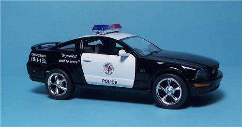 """2006 Ford Mustang GT Police Car-5"""" Die Cast Metal w/Pull Back Power & Opening Dr"""