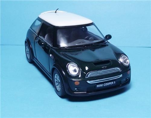 "2012 Mini Cooper S-5"" Die Cast Metal w/Pull Back Power & Opening Drs-Green"