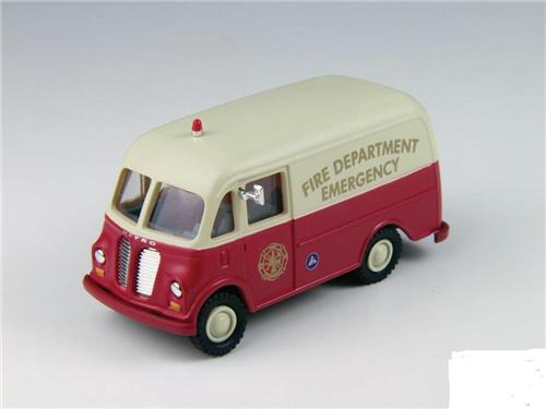 HO Scale-Classic Metal Works-30432-International Metro Van-Emergency Fire Dept.