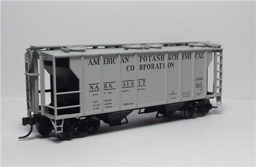 HO-Atlas Trainman-20003200-American Potash & Chemical-PS-2 Covered Hopper-#31317