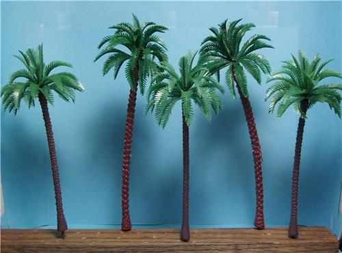 "O Gauge-5 Pack of Tall Model Coconut Palm Trees-2 Pcs. 7 3/8"" & 3 Pcs. 6 3/8"""