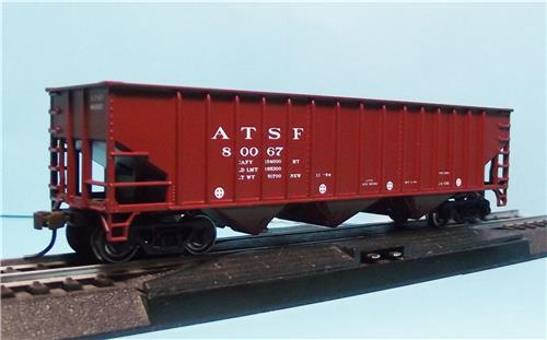 HO Gauge-Bowser-Executive Line-40227-A.T.S.F. Santa Fe-14 Panel Triple Hopper Car-#80067