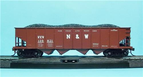 HO Gauge-Bowser-Executive Line-40610-Norfolk & Western H-21a 4 Bay Hopper Car--#139821