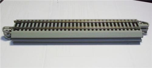 "N Gauge-Bachmann-44882-Snap-Fit Nickel Silver EZ Track-10"" Straight Track-6 Pieces"