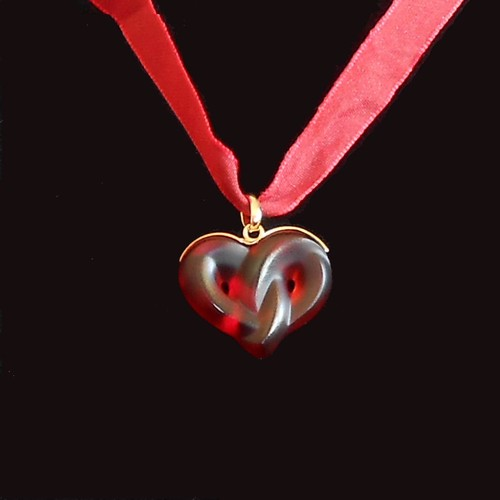 Lalique Entwined Heart Pendant Necklace New In Box