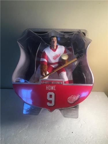 2017-2018 Gordie Howe Detroit Red Wings Limited Edition Imports Dragon Figure